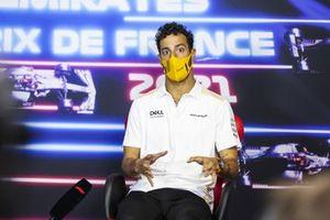 Daniel Ricciardo, McLaren en la conferencia de prensa