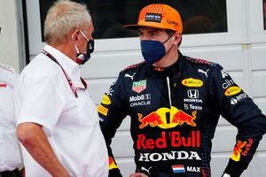 Helmut Marko, Consultant, Red Bull Racing, talks with Max Verstappen, Red Bull Racing, 1st position, in Parc Ferme