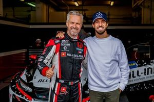 Tiago Monteiro, ALL-INKL.DE Münnich Motorsport Honda Civic Type R TCR con Antonio Felix da Costa