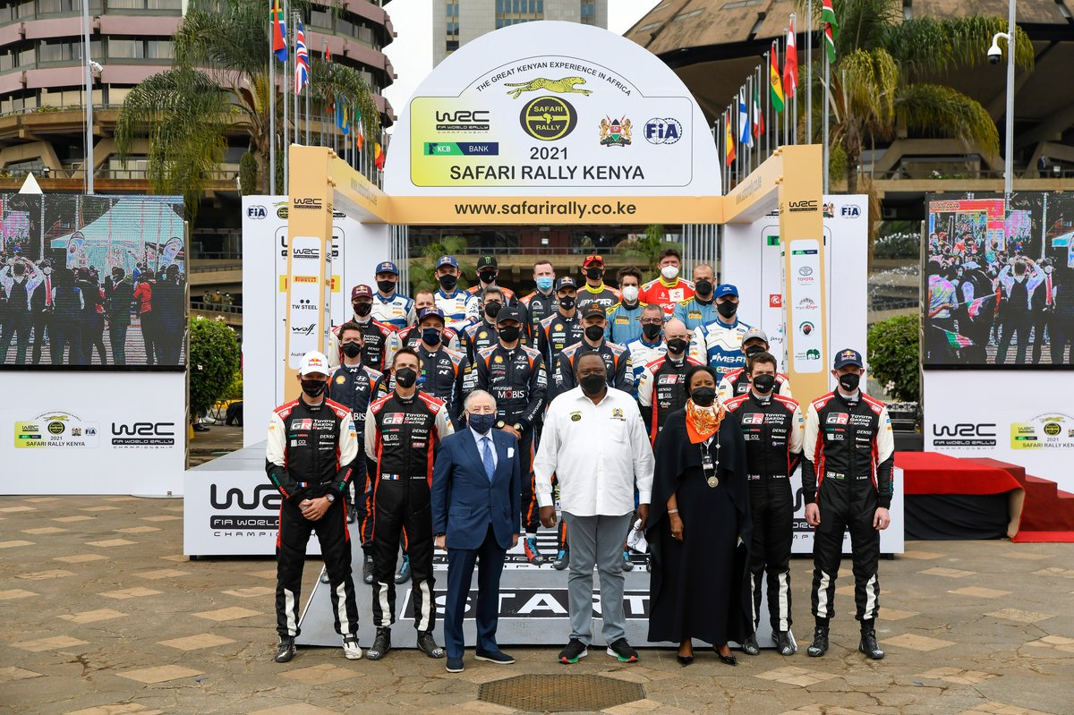 Tous les équipages avec Jean Todt, président de la FIA