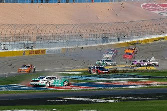 Austin Cindric, Team Penske, Ford Mustang MoneyLion, Christopher Bell, Joe Gibbs Racing, Toyota Supra Rheem/Smurfit Kappa crash