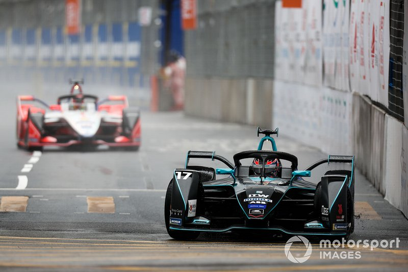 Gary Paffett, HWA Racelab, VFE-05 Pascal Wehrlein, Mahindra Racing, M5 Electro