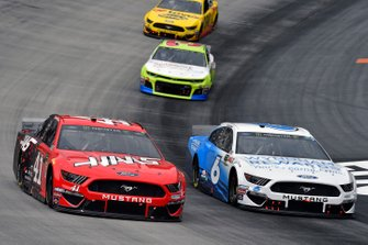 Daniel Suarez, Stewart-Haas Racing, Ford Mustang Haas Automation and Ryan Newman, Roush Fenway Racing, Ford Mustang Wyndham Rewards