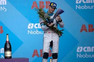 Edoardo Mortara, Venturi Formula E recibe su trofeo en el podio