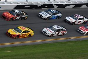 Joey Logano, Team Penske, Ford Mustang Shell Pennzoil, Jamie McMurray, Spire Motorsports, Chevrolet Camaro McDonalds/Cessna/Bass Pro Shops, Brad Keselowski, Team Penske, Ford Mustang Discount Tire, David Ragan, Front Row Motorsports, Ford Mustang Select Blinds