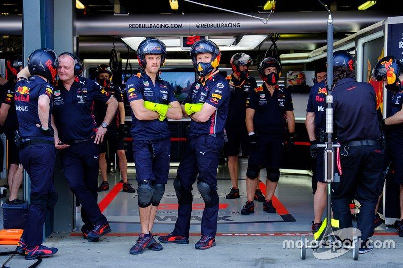 Red Bull Racing pit crew