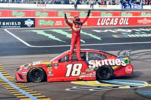 Race Winner, Kyle Busch, Joe Gibbs Racing, Toyota Camry SKITTLES