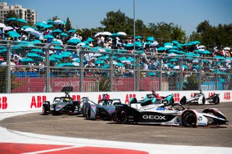 Maximilian Günther, Dragon Racing, Penske EV-3 leadsFelipe Massa, Venturi Formula E, Venturi VFE05, Oliver Rowland, Nissan e.Dams, Nissan IMO1