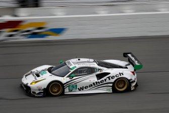 #63 Scuderia Corsa Ferrari 488 GT3, GTD: Cooper MacNeil, Toni Vilander, Jeff Westphal, Dominik Farnbacher