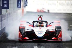 Pascal Wehrlein, Mahindra Racing, M5 Electro. locks up