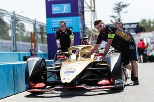 Car of Jean-Eric Vergne, DS TECHEETAH, DS E-Tense FE19, being pushed into Parc Ferme