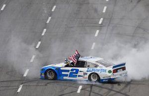 Race Winner Brad Keselowski, Team Penske, Ford Mustang Reese/DrawTite