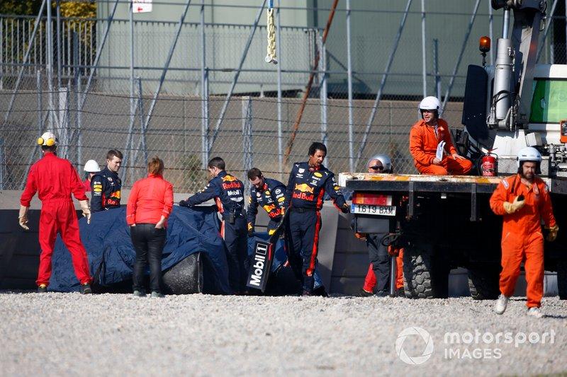 RB15 de Pierre Gasly após acidente em Barcelona nos testes da Fórmula 1