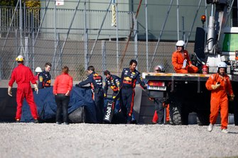 The crashed car of Pierre Gasly, Red Bull Racing RB15 is recovered