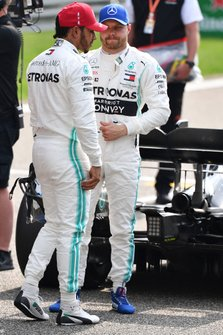 Lewis Hamilton, Mercedes AMG F1, and pole sitter Valtteri Bottas, Mercedes AMG F1, on the grid
