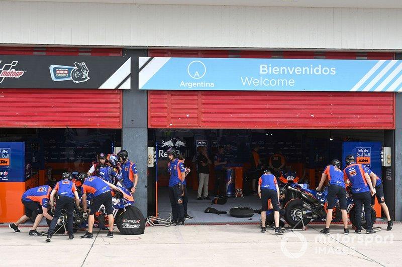 Garaje Red Bull KTM Tech 3