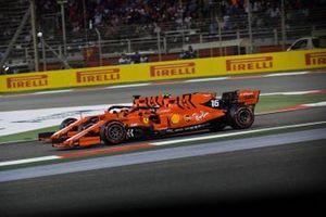 Sebastian Vettel, Ferrari SF90, be Charles Leclerc, Ferrari SF90