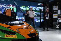 Armando Donazzan, Orange1 Racing eigenaar en jonge schrijver Alessandro 'Spiz' Vezzani