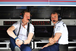 Rob Smedley, Williams Head of Vehicle Performance and Dave Reading, Williams