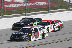 Noah Gragson, Joe Gibbs Racing, Toyota Camry Switch Kaz Grala, JGL Racing, Ford Mustang NETTTS