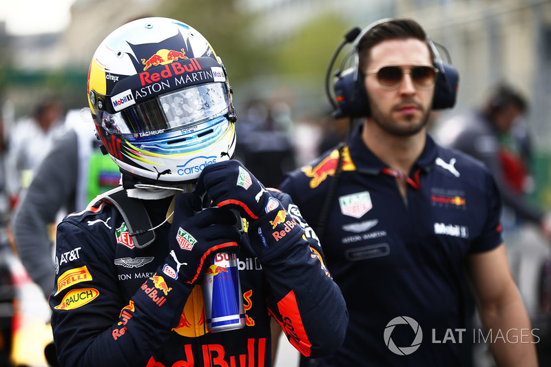 Daniel Ricciardo, Red Bull Racing RB14 Tag Heuer, in griglia