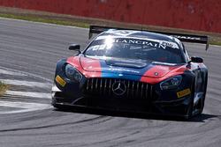 Mercedes-AMG GT3 №35 команды SMP Racing by AKKA ASP: Виталий Петров, Денис Булатов, Майкл Мидоуз