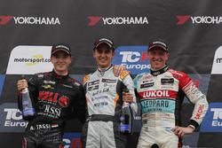 Podium: Race winner Mikel Azcona, PCR Sport Cupra TCR, second place Attila Tassi, Hell Energy Racing with KCMG Honda Civic Type R TCR, third place Jaap van Lagen, Leopard Lukoil Team Audi RS3 LMS TCR
