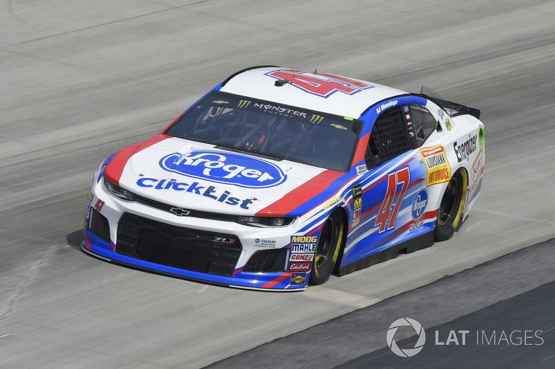 28. A.J. Allmendinger, JTG Daugherty Racing, Chevrolet Camaro Kroger ClickList