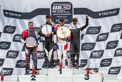 Podio: Ganador, Rob Huff, Sébastien Loeb Racing Volkswagen Golf GTI TCR, segundo, Daniel Nagy, M1RA Hyundai i30 N TCR, third place Yvan Muller, YMR Hyundai i30 N TCR