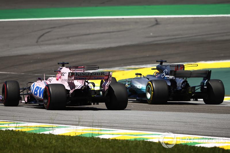 Lewis Hamilton, Mercedes AMG F1 W08 ve Sergio Perez, Sahara Force India F1 VJM10