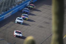 Matt Kenseth, Joe Gibbs Racing Toyota, David Starr, Motorsports Business Management Toyota, Kyle Bus