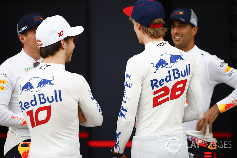 Pierre Gasly, Toro Rosso, Brendon Hartley, Toro Rosso, Daniel Ricciardo, Red Bull Racing, y Max Verstappen, Red Bull Racing