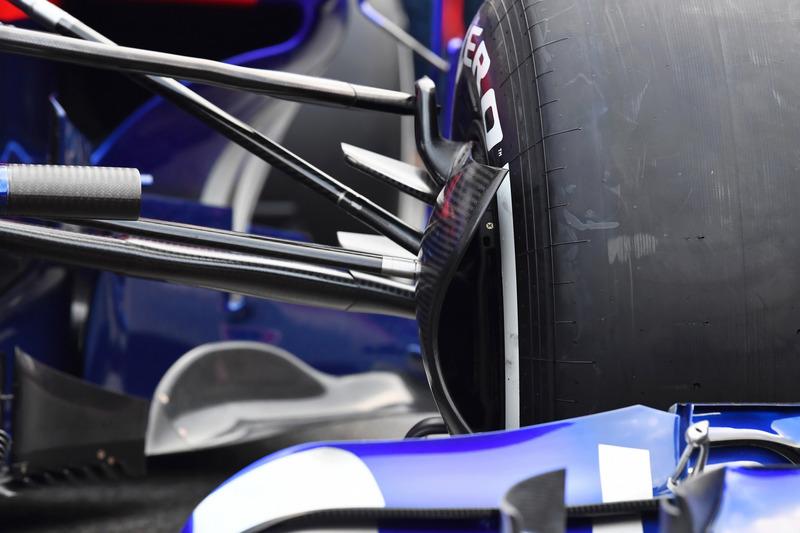 Scuderia Toro Rosso STR13 front brake duct detail