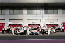Teamphoto with Norbert Michelisz, Honda Racing Team JAS, Honda Civic WTCC, Ryo Michigami, Honda Raci