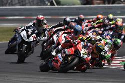 Chaz Davies, Aruba.it Racing-Ducati SBK Team, Xavi Fores, Barni Racing Team