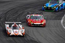 #54 CORE autosport ORECA LMP2, P: Jon Bennett, Colin Braun, Romain Dumas, Loic Duval, #51 Spirit of