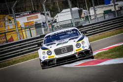 #31 Team Parker Racing Bentley Continental GT3: Aron Taylor Smith, Joshua Caygill