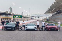 Max Verstappen, Red Bull Racing, Daniel Ricciardo, Red Bull Racing, Fernando Alonso, McLaren, Stoffe