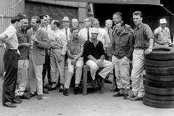 Jim Clark, John Cooper, Innes Ireland, Jack Brabham, Stirling Moss, Graham Hill, Jo Bonnier, Bruce M