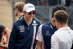 Esteban Ocon, Force India F1 en el desfile de pilotos