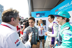 Alejandro Agag, CEO, Formula E, Mitch Evans, Jaguar Racing ve Alex Lynn, DS Virgin Racing, Oliver Tu