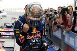Pole: Sebastian Vettel, Red Bull Racing, Parc Ferme