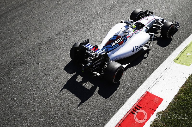 """2015: سيارة ويليامز """"اف دبليو37"""" – 121 نقطة، المركز السادس في البطولة"""