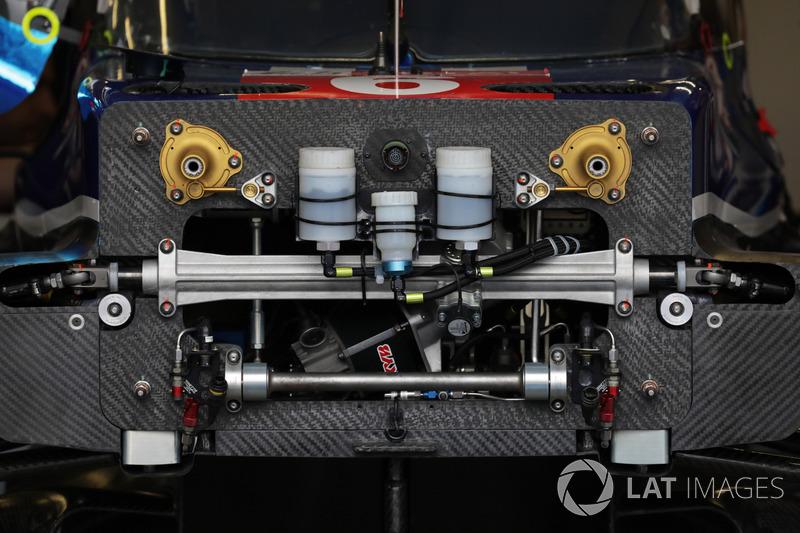 #6 CEFC TRSM RACING Ginetta G60-LT-P1 detalle de la narizl