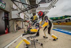 Oliver Gavin, Marcel Fassler, Corvette Racing