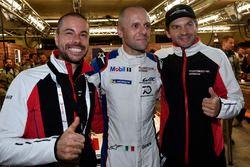 Обладатели поула в GTE Pro: Рихард Лиц, Джанмария Бруни, Фредерик Маковецки, Porsche GT Team (№91)