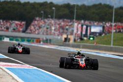 Kevin Magnussen, Haas F1 Team VF-18, Romain Grosjean, Haas F1 Team VF-18