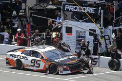 Kasey Kahne, Leavine Family Racing, Chevrolet Camaro Procore pit stop