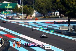 Sergio Perez, Force India VJM11 pierde una rueda y hace un trompo en la PL2