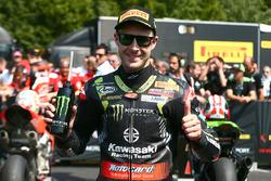 Jonathan Rea, Kawasaki Racing toma la pole position
